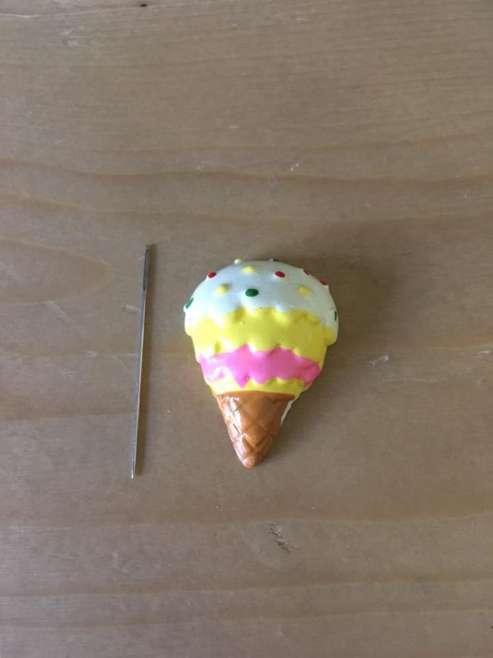 Ice Cream Needle Minder